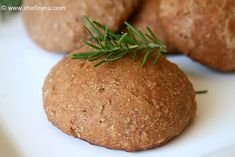 Bulgur Wheat Dinner Rolls