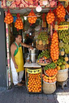 Fresh fruit juice vendor, Israel. Photo: Andrew Evans.