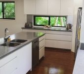 At Crossan Building Services we have a team of professionals who specialise in designing and building and makeovers. We have more than 25 years of experience in the field, making us one of the leading kitchen renovation builders in Brisbane.