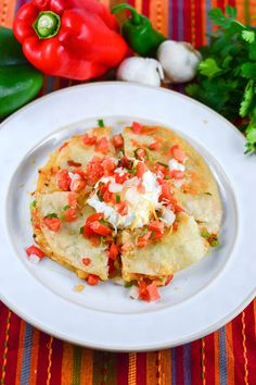 Chicken Fajita Quesadillas with Pico De Gallo Salsa from Flavor Mosaic is oohey gooey cheesy and spicy.  Perfect #appetizer for #CincoDeMayo.