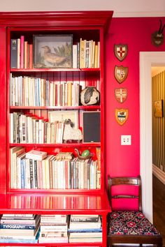 """A Look at Andy and Kate Spade's Art Collection: """"Bookstores are a wealth of information because in two hours, rather than walk through four floors at the MoMA, you can go through 30 books and discover someone you really like.""""   coveteur.com"""