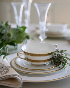 Um carinho a mais na hora de preparar a mesa. #olioliteam #tabledecor #tablesetting #tableware #tablestyling #latabledegiselle  _ _ _ _ _ _ _ _ _ _ _ _ _ _ _ _ _ - - bbwinstagram bbwinstagramersinstalikes @taylorswift @cristiano @neymarjr @kendalljenner @leomessi  @nickiminaj @officialalikiba @mileycyrus @katyperry @harrystyles @natgeo @kevinhart4real @therock @jordanspieth @cameron1newton @underarmour @rootsoffight @nike @mistyonpointe @natashahastings @arianagrande @beyonce  @taylorswift…