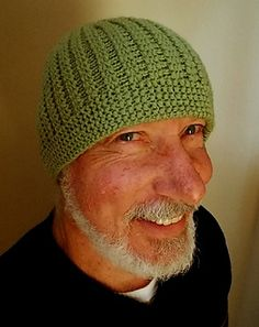 Brenda Myers Sidestreet Beanie with Kitchener stitch bind off directly on the knitting loom with a loom hook without using knitting needles or a yarn needle.