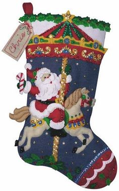 16 Christmas Stockings Which Highlight The Festival Charm - Diy & Decor Selections Christmas Events, Christmas Party Games, Christmas Holidays, Christmas Crafts, Christmas Decorations, Felt Christmas Stockings, Christmas Stocking Pattern, Felt Stocking, Felt Ornaments