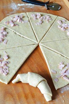 Görög sós kifli (sonkás töltelékkel) Icing, Bakery, Desserts, Food, Tailgate Desserts, Deserts, Essen, Postres, Meals
