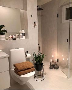 Micro adhesive applied to existing tiles / UK . - New Ideas - Best Picture For bathroom decor For Your Tast - Home Interior, Bathroom Interior, Interior Design Living Room, Living Room Designs, Bathroom Remodeling, Remodeling Ideas, Inspire Me Home Decor, Tiles Uk, Home Decor Shops