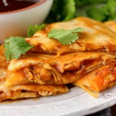 BBQ Chicken Quesadillas are simple and oh-so satisfying. This gluten-free dinner. - BBQ Chicken Quesadillas are simple and oh-so satisfying. This gluten-free dinner recipe is easy che - Gluten Free Recipes For Dinner, Dinner Recipes, Dinner Ideas, Meal Ideas, Crockpot Recipes, Chicken Recipes, Cooking Recipes, Healthy Recipes, Shredded Bbq Chicken