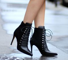 Meet the Top 10 Shoe Bloggers of August 2014