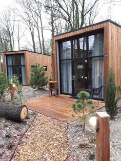 Tiny House Village, Tiny House Cabin, Tiny House Living, Tiny Cabins, Building A Container Home, Container House Design, Small House Design, Tiny House Community, Casas Containers