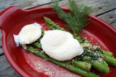 poached eggs with asparagus and parmesan - Low Carb Recipe Diabetic Foods, Diabetic Recipes, Low Carb Recipes, Parmesan Recipes, Poached Eggs, Asparagus, Ethnic Recipes, Studs, Poached Egg