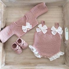 Baby knitting and crochet free pattern west, hat, balanket, dress Baby Knitting Patterns, Love Knitting, Knitting For Kids, Crochet For Kids, Crochet Patterns, Free Crochet, Blanket Patterns, Tunisian Crochet, Stitch Patterns