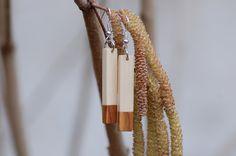 Holzohrringe aus Haselnuss und Zwetschgenholz von fabol auf DaWanda.com
