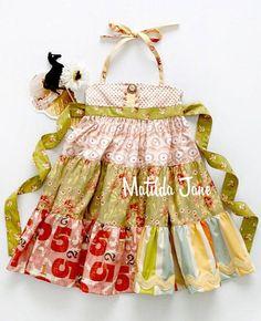 OUI tiered ellie dress size 2 Platinum