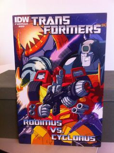 TRANSFORMERS REVEAL THE SHIELD BATTLE IN SPACE COMIC BOOK RODIMUS VS. CYCLONUS