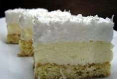 """Prăjitura """"Fulg de nea"""" – Rețetă usoară pentru platoul cu prăjituri de Sărbători"""