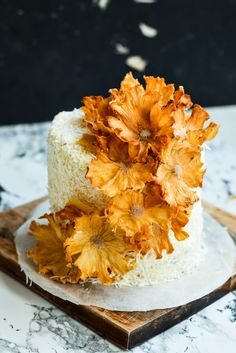 Layered Passion Fruit Butter Cake with Coconut Cream Frosting and Pineapple Flow. - Layered Passion Fruit Butter Cake with Coconut Cream Frosting and Pineapple Flowers Pineapple Flowers, Pineapple Cake, Dried Pineapple, Pineapple Frosting, Pineapple Coconut, Pineapple Ideas, Candied Pineapple, Gold Pineapple, Coconut Cream Frosting