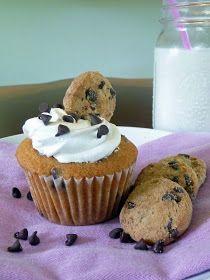 Life Tastes Good: Chocolate Chip Cookie Cupcakes