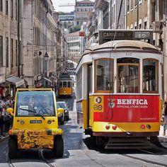LINIE 28 II #leiderüberfüllt #lissabon #lisboa #portugal #traffic #tram #linie28 www.porip.de