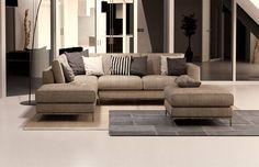 Divano componibile Gray ad angolo e tessuto sfoderabile. #LaCasaModerna #Design #Sofas ● lacasamoderna.com