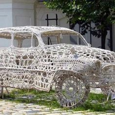 Crochet Extreme. Doily car in Prague shared by Charles Colleziones picture from the yarn company