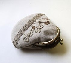 Tutorial - PDF Sewing Pattern Frame Coin Purse with instructions