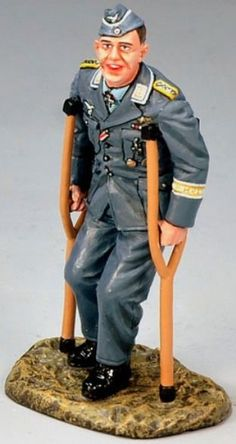 World War II German Luftwaffe LW030 Leutnant Josef Sepp Wurmheller - Made by King and Country Military Miniatures and Models. Factory made, hand assembled, painted and boxed in a padded decorative box. Excellent gift for the enthusiast.