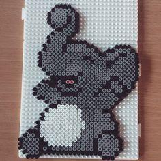 Happy elephant hama beads by hummingeisbird - Pattern: https://www.pinterest.com/pin/374291419006962984/