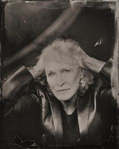 Glenn Close, in a tintype portrait taken by Victoria Will during the 2014 Sundance Film Festival Glenn Close, Park City Utah, Celebrity Portraits, Celebrity Photos, Old Fashioned Photos, Damien Chazelle, Photo Star, Tintype Photos, Mark Ruffalo
