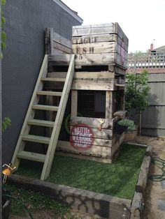 Super cool outdoor cubby | 10 Amazingly Awesome Cubby Houses Part 2 - Tinyme Blog