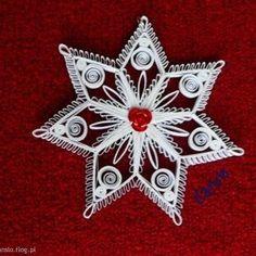 ŚNIEŻYNKA WYKONANA TECHNIKĄ QUILLING   Beautiful snowflakes......
