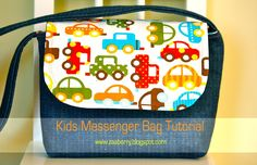 This free sewing tutorial is for the Kid's Messenger Bag.  Thanks to Zaaberry for posting it.
