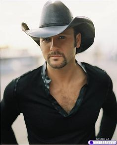 Afternoon eye candy: Tim McGraw (18 photos)