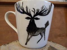 RĘCZNIE MALOWANY KUBEK - JELEŃ Mugs, Tableware, Art, Art Background, Dinnerware, Tumblers, Tablewares, Kunst, Mug