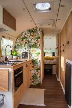caravan interior 837036280731954612 - caravan decor 560487116127263371 – There is SO much storage and space in this Airstream! And loving the pops of colour 💐 is a 1978 Airstream that Markie… Source by fraukehensberge Source by Airstream Bambi, Airstream Living, Airstream Remodel, Airstream Renovation, Airstream Interior, Airstream Trailers, Airstream Bathroom, Airstream Decor, Trailer Remodel
