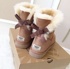 Cheap ugg boots. OMG! Holy cow I'm gonna love this site!