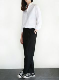 Relaxed Chic Style - white shirt, black trousers & sneakers