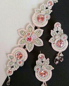Fleur Soutache Bracelet, Soutache Jewelry, Boho Jewelry, Bridal Jewelry, Jewelry Crafts, Jewelery, Handmade Jewelry, Jewelry Design, Unique Jewelry