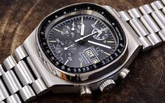 calassic and new. Old Watches, Dream Watches, Sport Watches, Vintage Watches, Luxury Watches, Watches For Men, Omega Speedmaster Automatic, Ring Watch, Vintage Omega