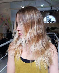 Long Hair Styles, Instagram Posts, Beauty, Long Hairstyle, Long Haircuts, Long Hair Cuts, Beauty Illustration, Long Hairstyles, Long Hair Dos