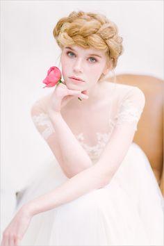 Hair and Makeup: Pink and White Natural Wedding Ideas Wedding Curls, Wedding Braids, Braided Hairstyles For Wedding, Unique Hairstyles, Bride Hairstyles, Natural Wedding Makeup, Bride Makeup, Wedding Hair And Makeup, Bridal Hair