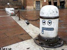 Clever Street Art Works in New Book by Oak Oak - My Modern Met Street Art Banksy, Urban Street Art, Urban Art, Photographie Street Art, 3d Street Painting, Street Art Photography, Sand Sculptures, French Street, True Art