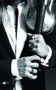 chatoyantstone: anbenna: Thomas Sabo collaborated with star violinist David Garrett  ♥