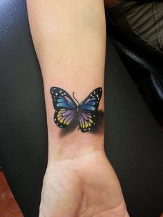 Tattoos, butterfly tattoo и butterfly wrist tattoo. Tattoos Motive, 3d Tattoos, Cover Up Tattoos, Foot Tattoos, Cute Tattoos, Beautiful Tattoos, Flower Tattoos, Body Art Tattoos, Small Tattoos