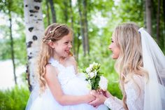 Bride and flower girl  Click through to see the full wedding gallery. Caroline Ann Photography College Station Wedding Photographer