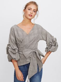 SheIn offers Gathered Sleeve Plaid Wrap Top & more to fit your fashionable needs. Casual Skirt Outfits, Chic Outfits, Style Feminin, Dressy Tops, Blouse Outfit, Ladies Dress Design, Blouse Designs, Blouses For Women, Fashion Dresses