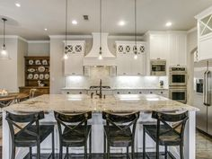 functional-chic-house-tour-14 - love this kitchen - and the whole house!