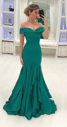 vestido de festa verde decote princesa
