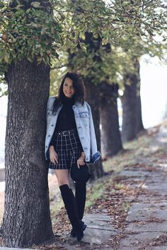 Cu ce articol vestimentar inlocuiesc puloverele clasice | Sandra Bendre Over Boots, Blogger Style, Knee High Boots, Hipster, Lady, Outfit, Fashion, Tricot, Outfits