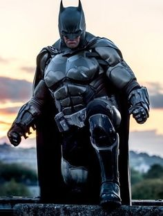 Amazing Batman by Order 66 Creatures and EffectsPhoto by Kamil Krawczak Official Batman Fan Art, Batman Y Superman, Batman Armor, Batman Arkham City, Gotham, Batman City, Batman Costumes, Batman Cosplay, Dc Cosplay