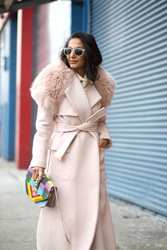 The Big Chill: Street Style at Fashion Week - Total Street Style Looks And Fashion Outfit Ideas New York Fashion Week Street Style, Autumn Street Style, Street Chic, Nyfw Street, Pink Street, Pastel Outfit, Style Work, My Style, Autumn Winter Fashion
